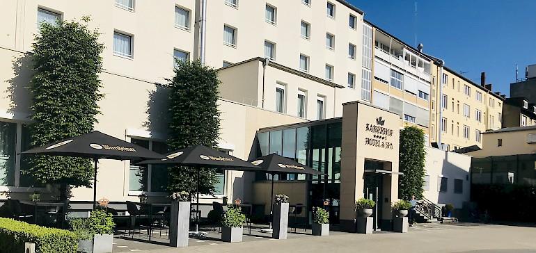 Gastgeber im Hotel Kaiserhof sind Anja und Kay Fenneberg