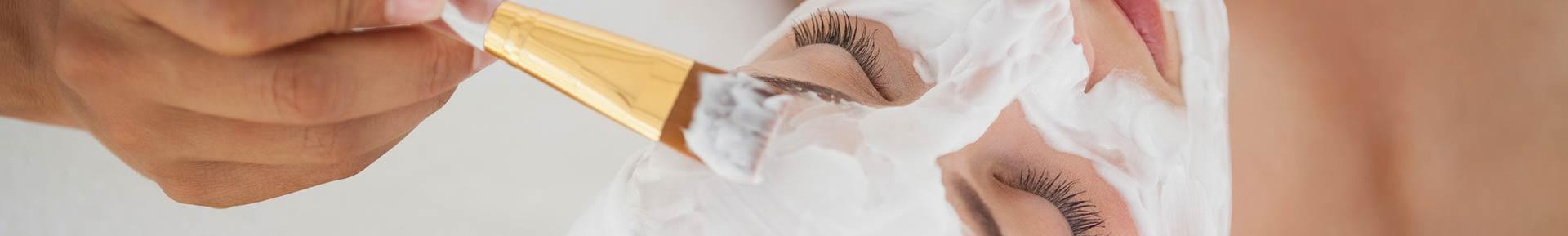 Hochwertige Kosmetikbehandlungen für das Gesicht
