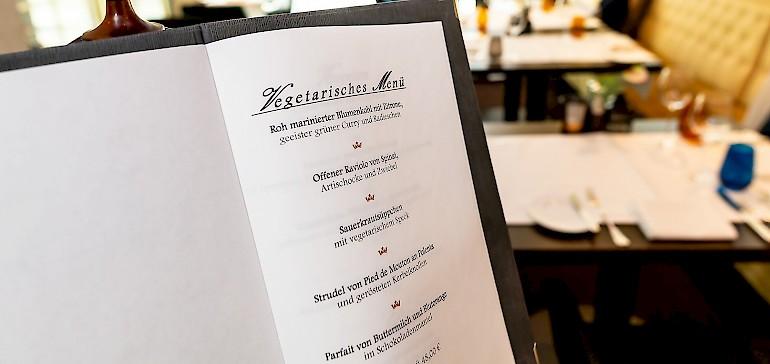 Abwechslungsreiche Speisenkarte mit Fisch-, Fleisch- und Veggie-Gerichten im Restaurant Gabriel's Münster