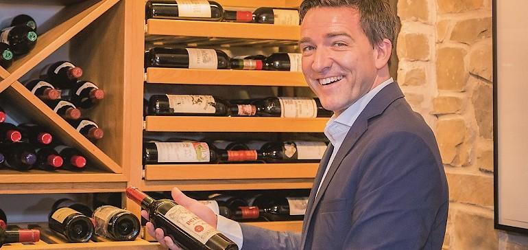 Weinprobe im Weinkeller des Kaiserhofs in Münster