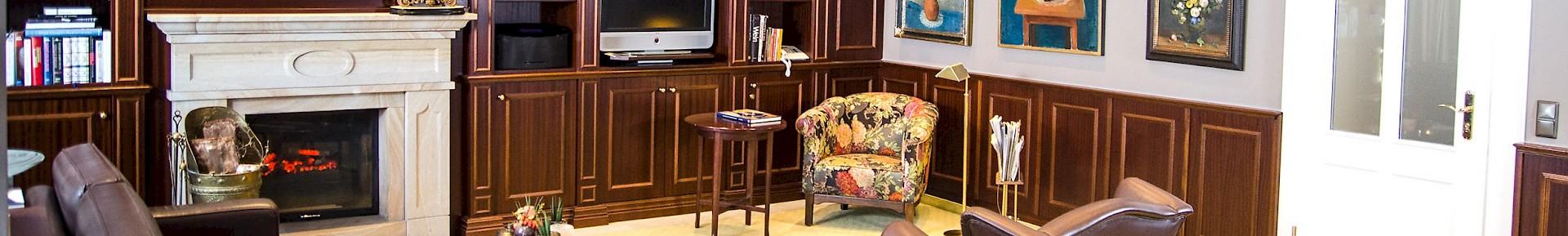 Das Kaminzimmer ist der ideale Ort für den Empfang Ihrer Gäste vor einer Veranstaltung im Kaiserhof