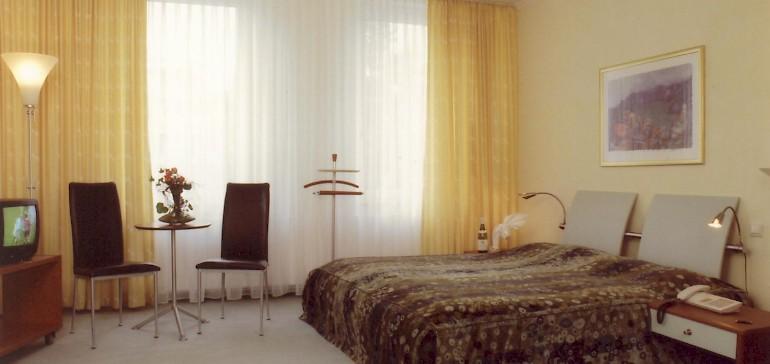 Eines der ersten, modernen Zimmer ca. 70er Jahre