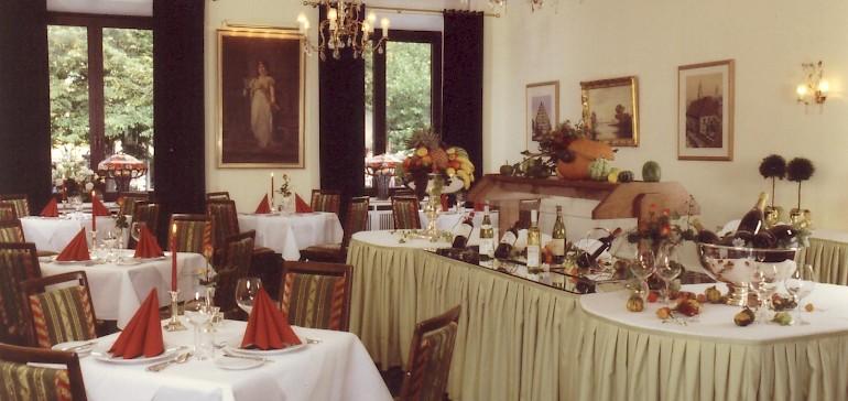 Der Luisensaal, damals das Restaurant im Kaiserhof