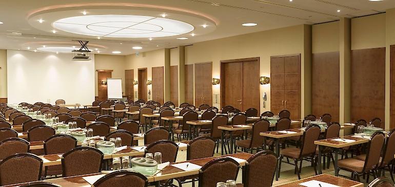 Acht verschiedene Tagungsräume für bis zu 140 Personen stehen im Kaiserhof zur Verfügung