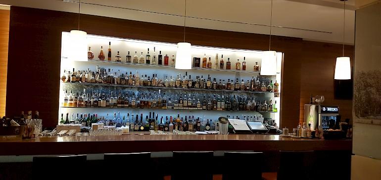 Gut bestückte Bar