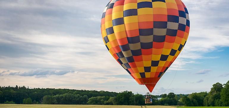 Die beste Aussicht hat man bei einer Ballonfahrt über das Münsterland