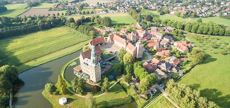 Tolle Aussicht auf die Schlösser des Münsterlandes bei einer Ballonfahrt