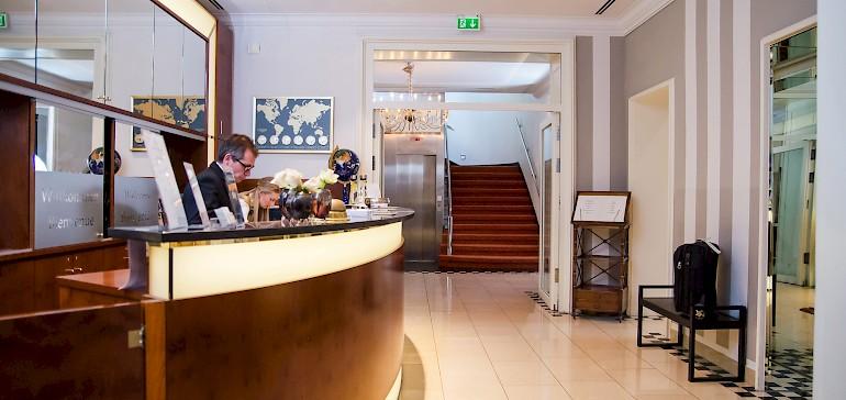 Die Rezeption ist ein Ausbildungsbereich im Hotel