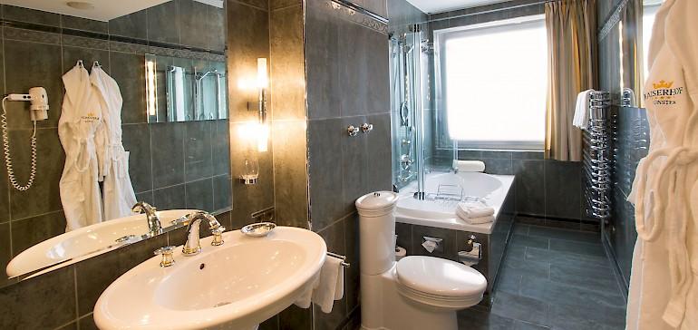 Badezimmer der Kaisersuite auf der dritten Etage