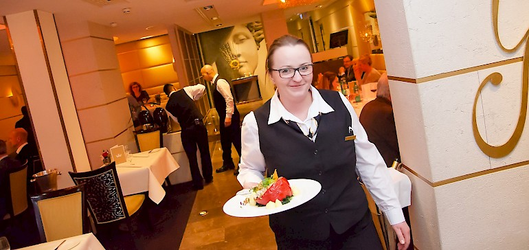 Das Restaurant in Münster ist zum Frühstück sieben Tage und zum Dinner sechs Tage die Woche geöffnet