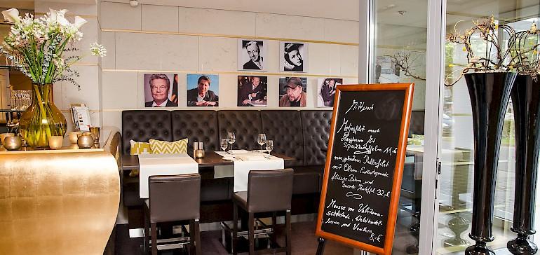 Die Lounge im Gabriel's eignet sich ideal für kurze Geschäftsessen in ungezwungener Atmosphäre