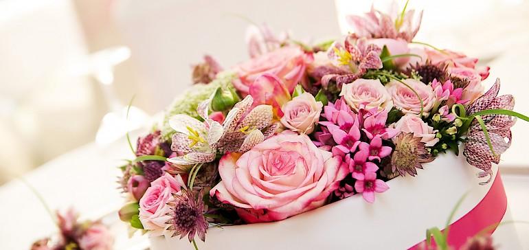 Für den perfekten Blumenschmuck bei Ihrer Hochzeit sorgt Kaiserhof-Floristin Elke Markwort