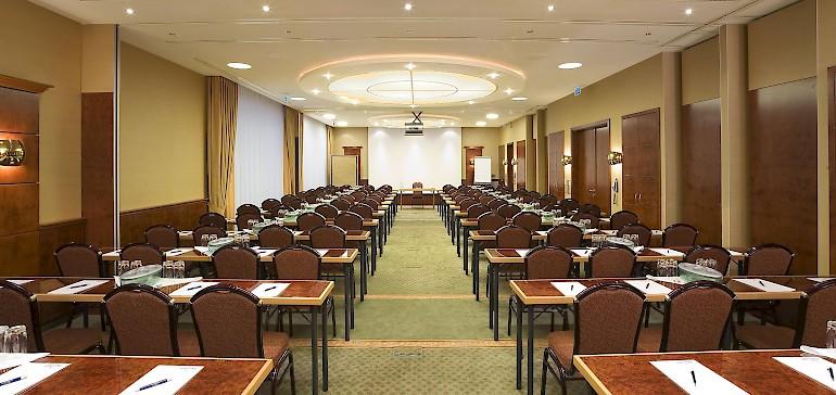 Parlamentarische Bestuhlung im Kaisersaal