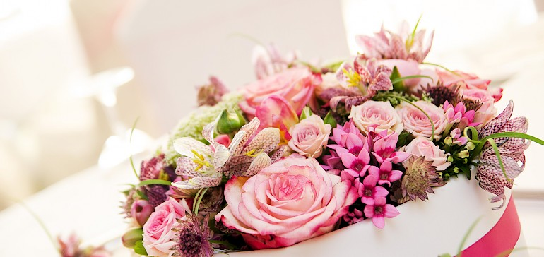 Wunderschönen Blumenschmuck für Hochzeiten und Familienfeiern macht unsere Floristik Elke Markwort