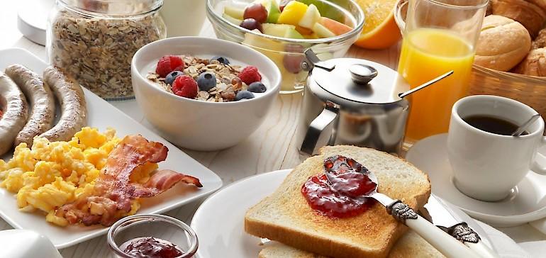 Was gehört zu einem gesunden Frühstück dazu?