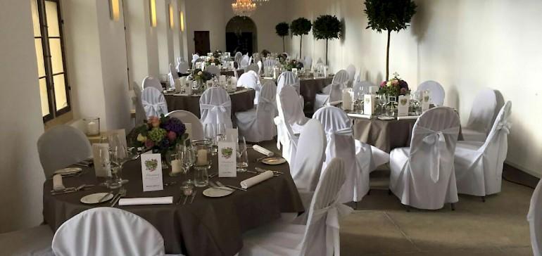 Wir sind auf Event-Catering spezialisiert und catern für Firmen und Privatpersonen, z.B. bei Hochzeiten