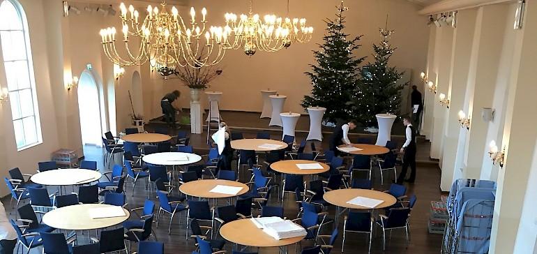 Wir organisieren unter anderem Caterings für Firmen wie hier in der Friedenskapelle in Münster