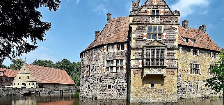 Die Wasserburg Vischering in Lüdinghausen ist ein beliebtes Ausflugsziel für Radwanderer